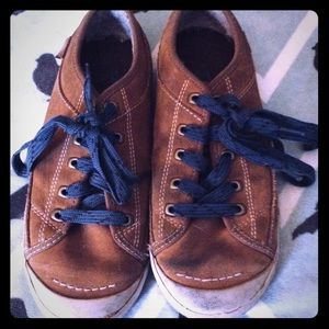 Simple Brown Suede Shoes Sz 6.5